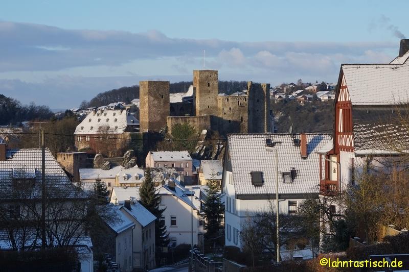 Die Burg Runkel im Sonnenschein